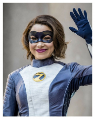 THE FLASHtv show XS/Excess NORA Jessica Parker Kennedy